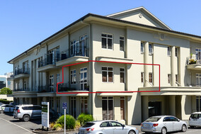 SOLD - 1a/11 London St, Hamilton Central$440,000