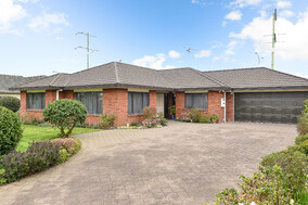 SOLD - 36 Heritage Ave, Chartwell$665,000