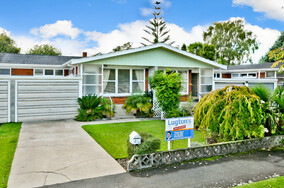 SOLD - 3/2 New St, Hamilton East$384,000