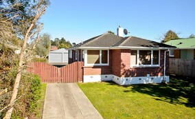 SOLD - 25 Sefton Cres, Chartwell$362,000