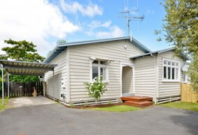 SOLD - 31a Rifle Range Rd, Dinsdale$450,000
