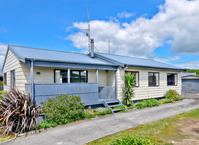 SOLD - 1047 Heaphy Tce, Fairfield  $396,000